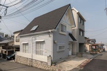 外壁塗装・屋根カバー工法の事例